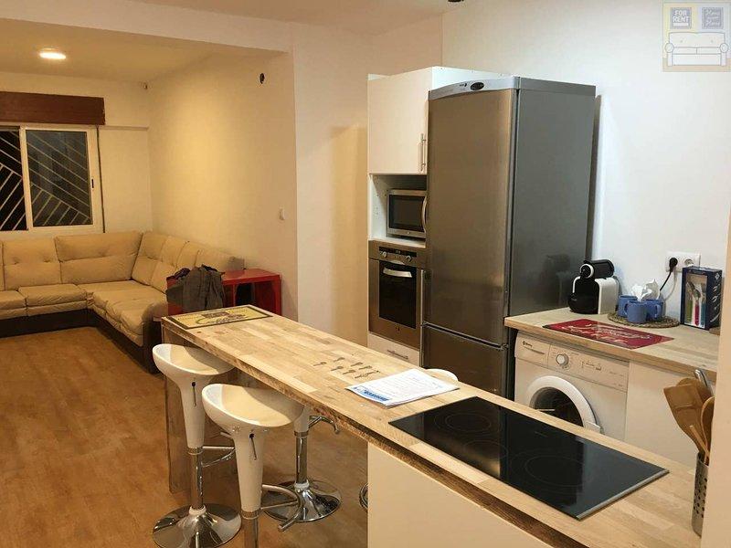 Amazing apartment near the beach, holiday rental in Galifa