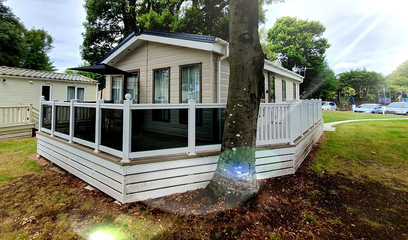 Avon Beach Lodge, Sandhills Holiday Park, Ferienwohnung in Mudeford