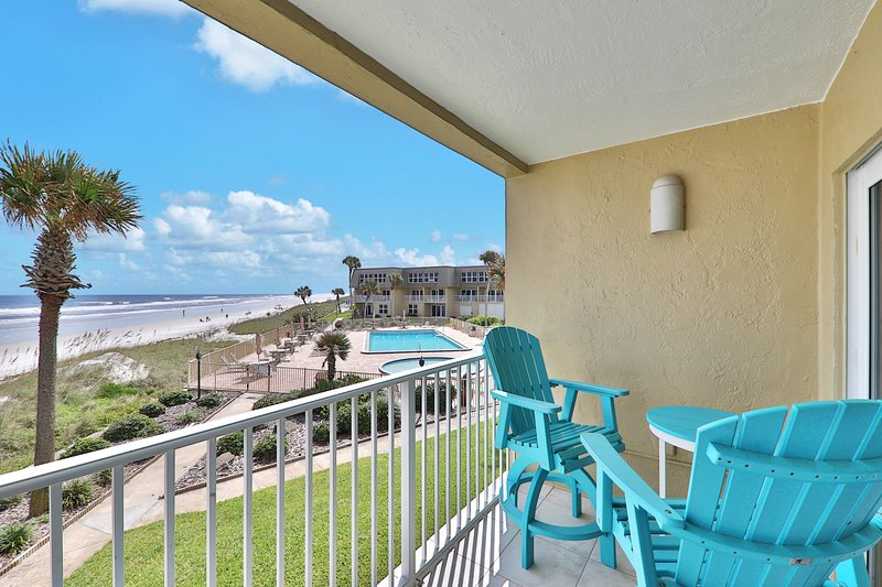 Waterfront St. Augustine condo w/ beach access, shared pool, & hot tub, vacation rental in Crescent Beach