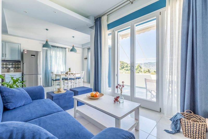 Skopelos Villa Sleeps 2 with Pool and Air Con - 5817439, holiday rental in Stafylos