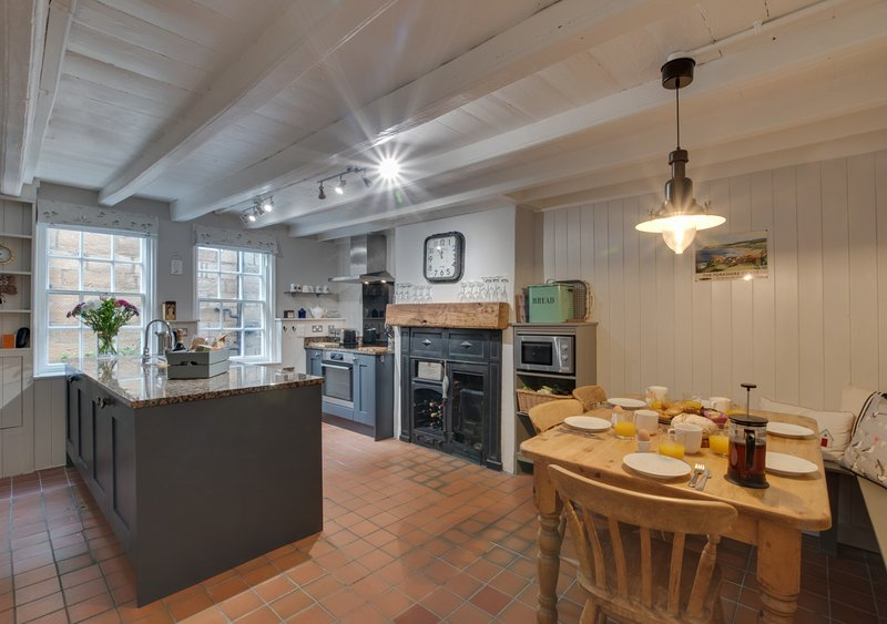 Fenay Cottage, holiday rental in Robin Hood's Bay