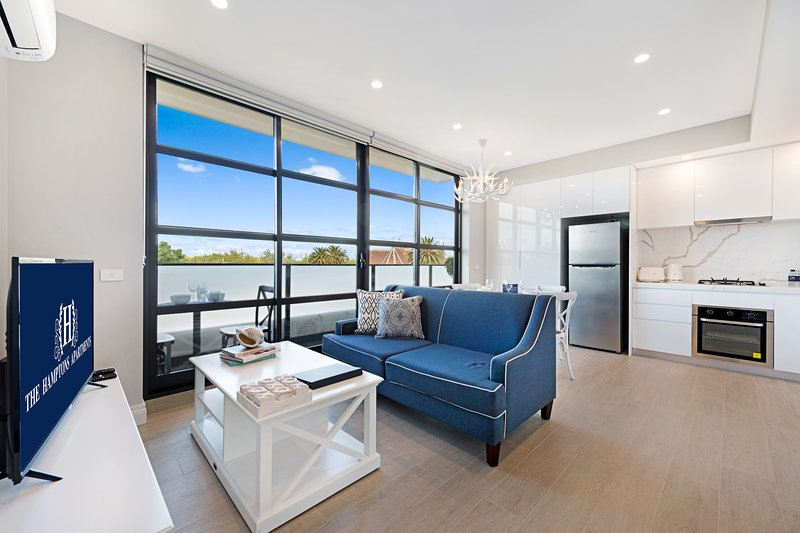 NEW! Amazing St Kilda 1 Bed Deluxe Apartment – semesterbostad i Caulfield