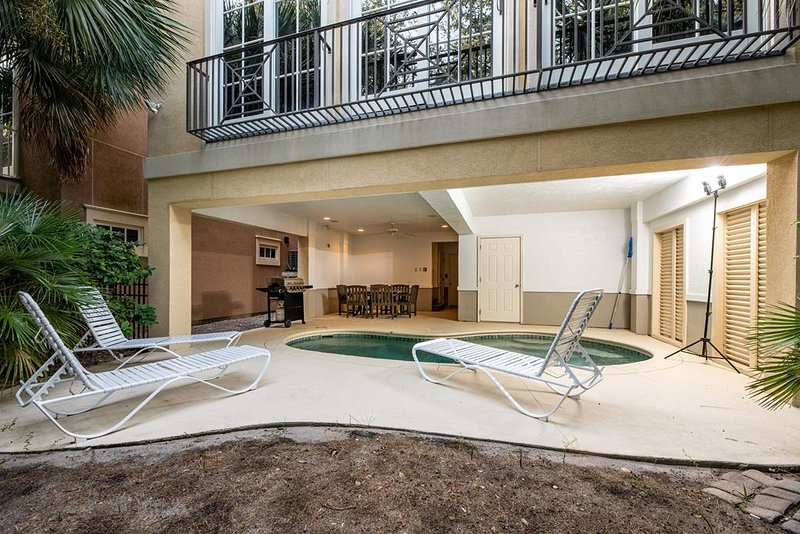 Private Pool, Golf Cart Shuttle to Beach, Elevator, location de vacances à Hilton Head