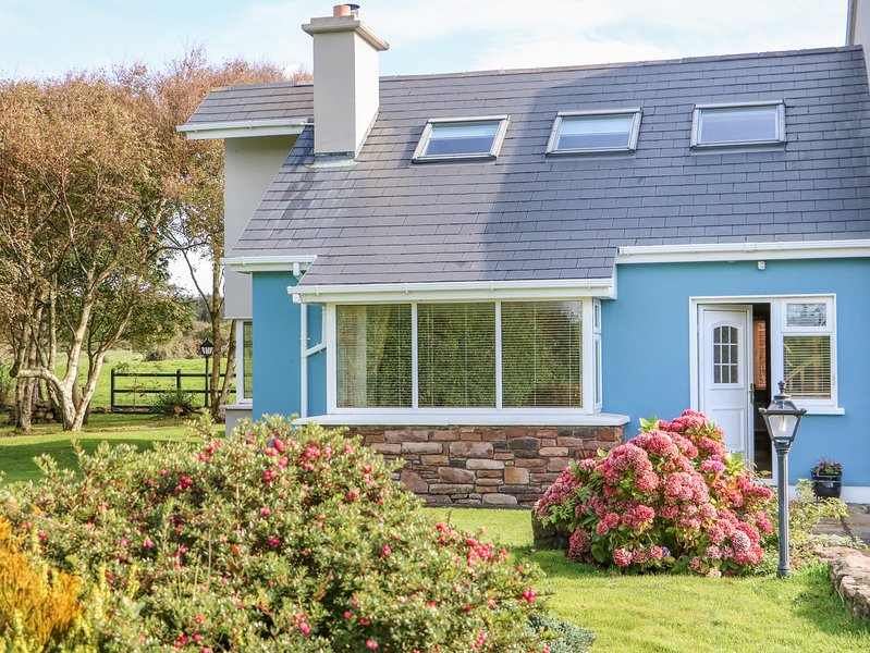 Blue Annex, Tralee, County Kerry, holiday rental in Tralee