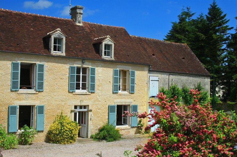 Spacious house with garden & Wifi, location de vacances à Putanges-Pont-Ecrepin