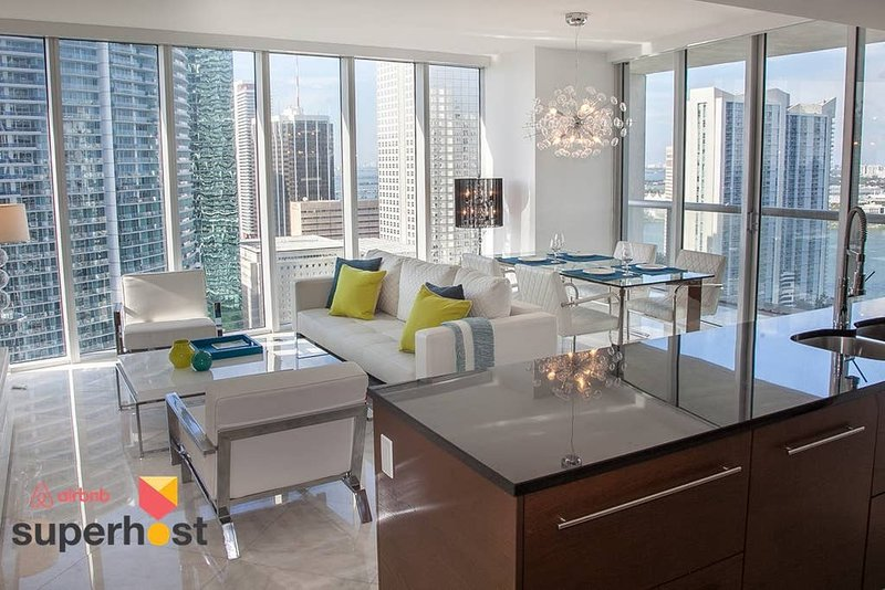 ★Large Luxury Condo★W Residences★3 Smart TVs!★Exclusive Services!★Bric, holiday rental in Miami