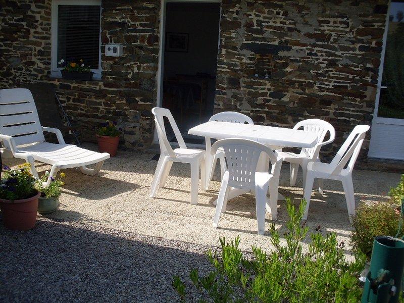 GITE de FOURNEAUX- Pour vos VACANCES , WEEK END ou NUITEE, holiday rental in Culey Le Patry