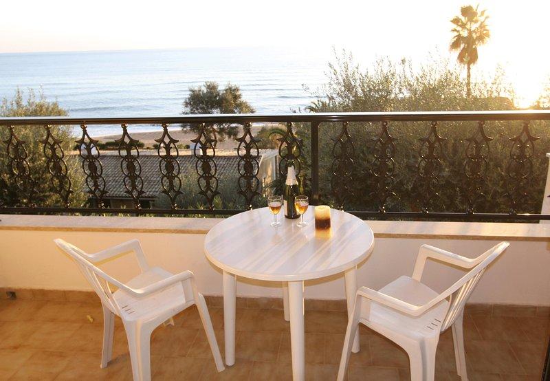 Corfu Glyfada Apartment 38, casa vacanza a Glyfada
