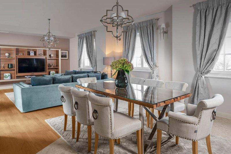 Vabriga Villa Sleeps 8 with Pool and Air Con - 5817639, vacation rental in Cervar Porat