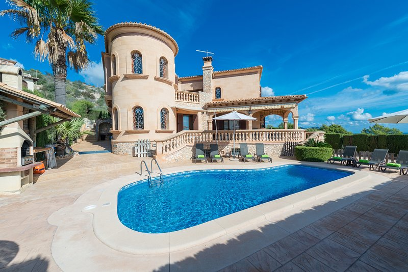 VILLA ONIEVA - Villa for 8 people in Son Servera, vacation rental in Son Servera