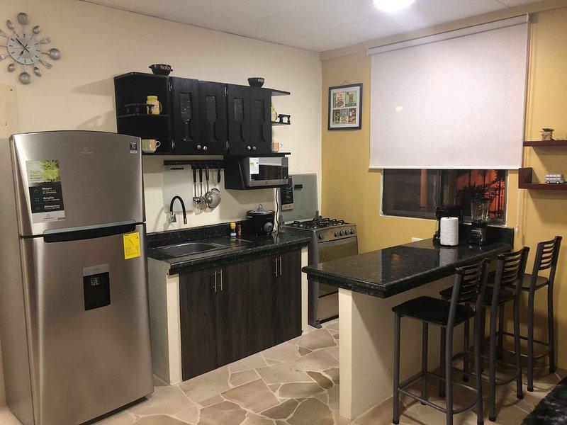 APARTAMENTO ENTERO NORTE DE GYE (ALL AMENITIES), aluguéis de temporada em Guayaquil