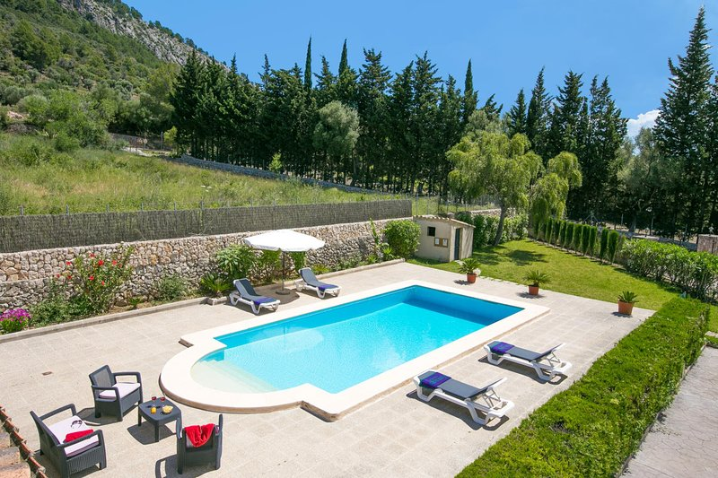 Pollenca Villa Sleeps 4 with Pool Air Con and WiFi - 5604637 Chalet in Puerto Pollensa
