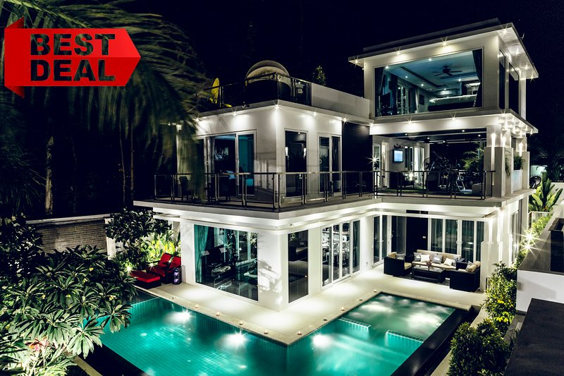 VIP LOTUS Pool Villa Pattaya, Grand 5 bedroom Villa with Private Pool and Sauna, holiday rental in Pattaya
