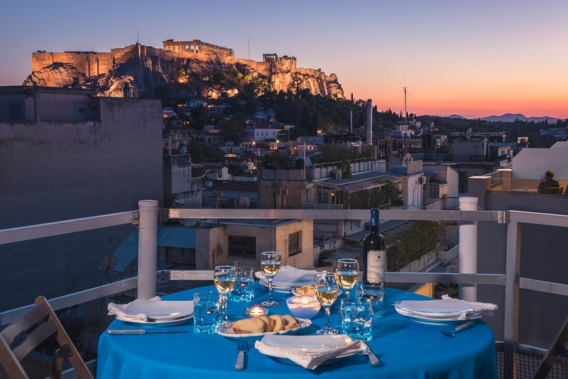 BREATHTAKING VIEW OF THE  ACROPOLIS AT THE VERY  BEST LOCATION!, vacation rental in Athens