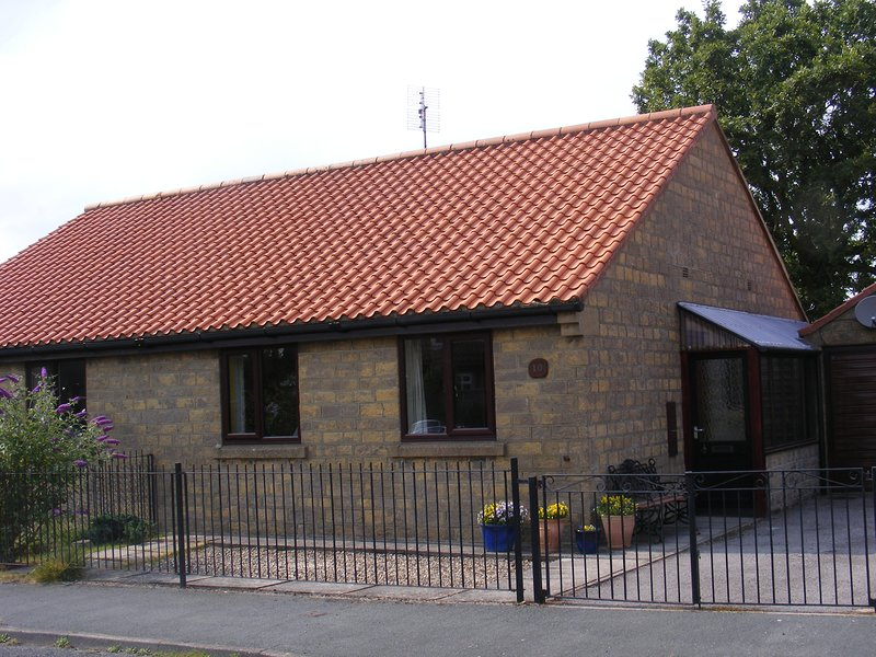The Oak Holiday Cottage, Goathland, holiday rental in Beck Hole