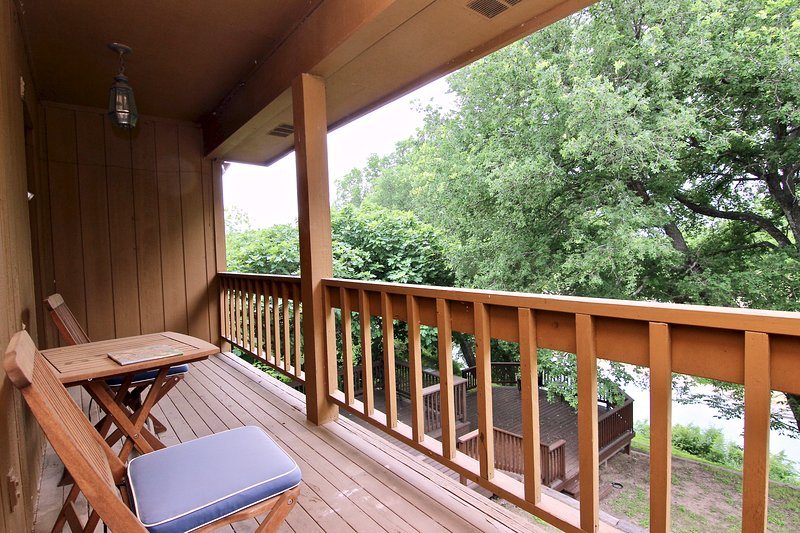 River Park Oasis!! Next to Texas State Tubes- GREAT LOCATION!, vacation rental in San Marcos