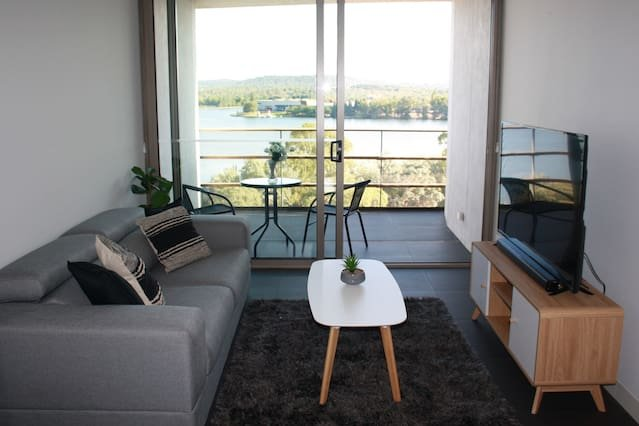 Canberra Luxury Apartment 9, holiday rental in Phillip