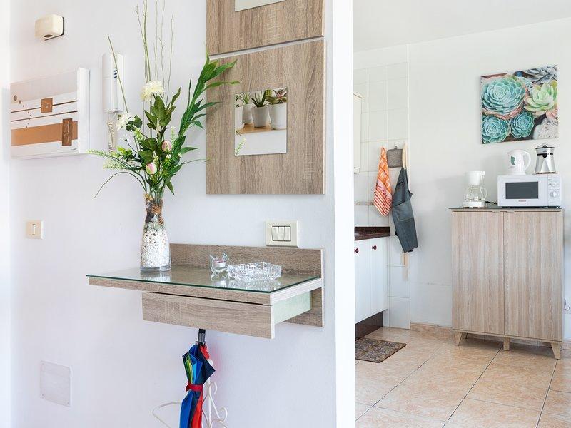 Apartamentos La Laguna Deluxe 5, vacation rental in San Cristobal de La Laguna