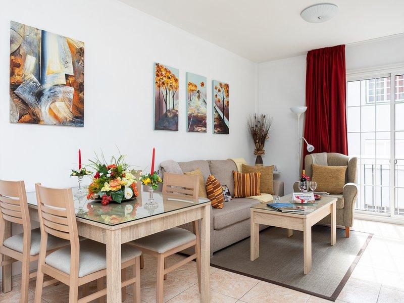 Apartamentos La Laguna Deluxe6, vacation rental in San Cristobal de La Laguna