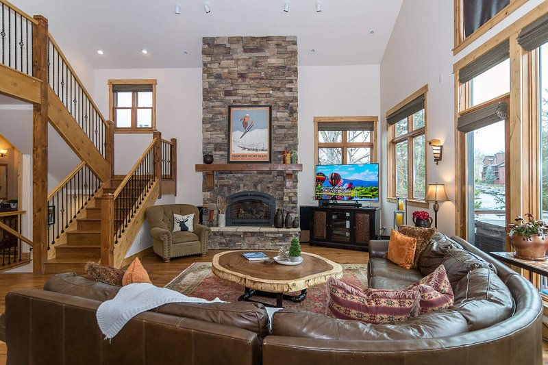 Rest easy in the luxe living room at Snowflake Chalet