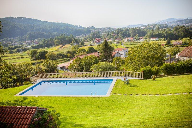 Chao das Donas Villa Sleeps 6 with Pool - 5817777, location de vacances à A Ramallosa