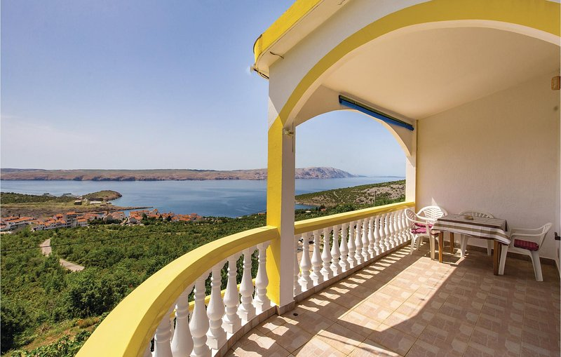 Beautiful apartment in Stinica with WiFi and 1 Bedrooms (CKV619), holiday rental in Donja Klada