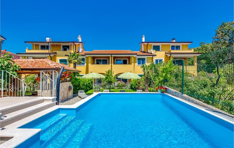Awesome apartment in Kostrena with Outdoor swimming pool and 2 Bedrooms (CKC016), holiday rental in Kostrena