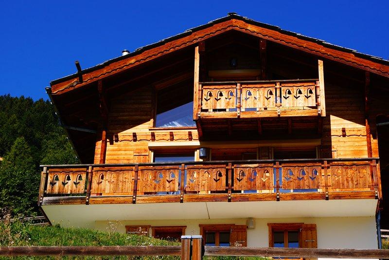 Chalet Stella : la montagne, le soleil et vous !, aluguéis de temporada em Evolene
