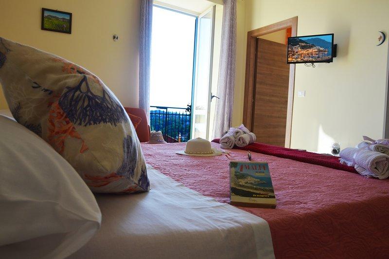 Il Paradiso degli Dei appartamento vicino alla Costiera Amalfitana, location de vacances à Agerola
