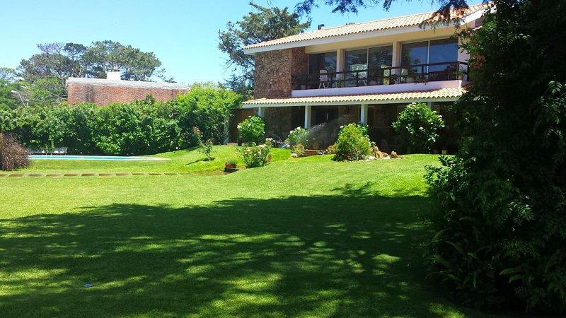 Espectacular casa para descansar en familia o con, location de vacances à Maldonado Department