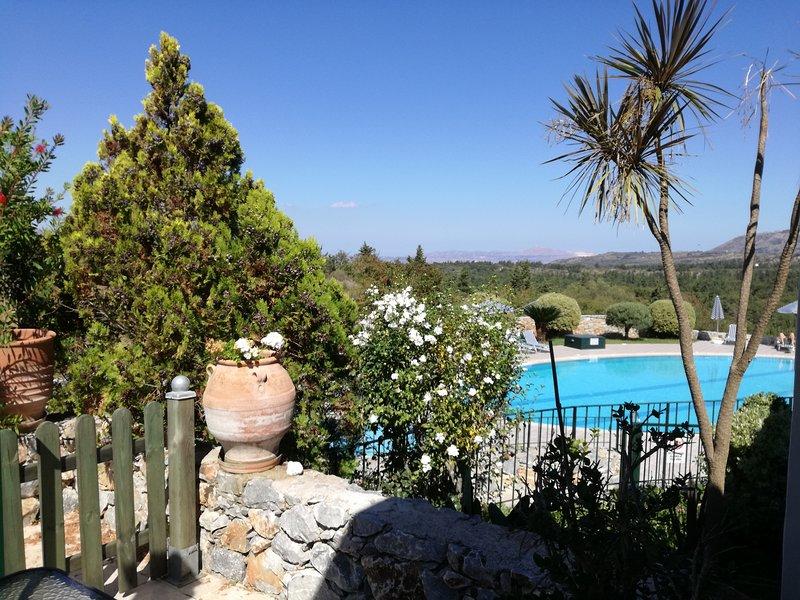 Maison au Souri Village , en campagne entre Chania et rethymnon, holiday rental in Sellia