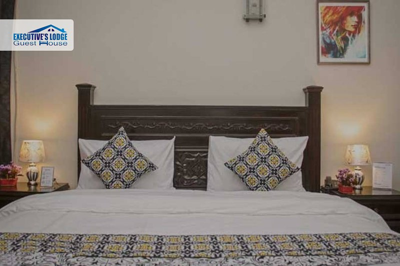 Executive`s Lodge Guest House, holiday rental in Sindh Province
