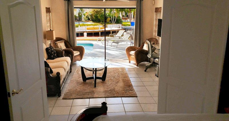 Joyful Pool,Kayak,PaddleBoard, Ocean Access Boat Dock,Beach,Baseball Stadum, PGA, holiday rental in Palm Beach Gardens