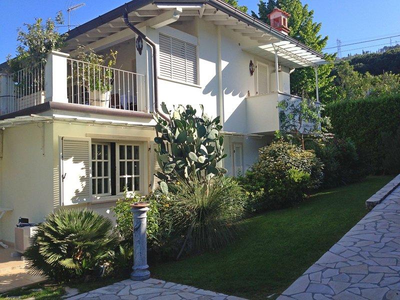 Villa Salesia, holiday rental in Ripa-Pozzi-Querceta-Ponterosso