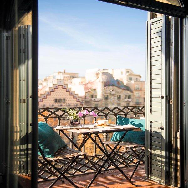 balcony views, detail 1