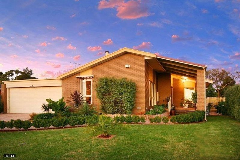 Spacious 4 Bedoom Family Home close to Uni and Uni Hill, casa vacanza a Banyule