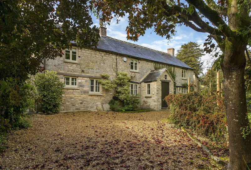 Yew Tree Cottage, holiday rental in Northleach