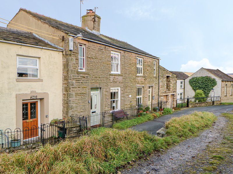 Primrose Cottage, Burtersett, holiday rental in Raydale