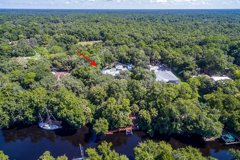 You'll be just steps from the Withlacoochee River.
