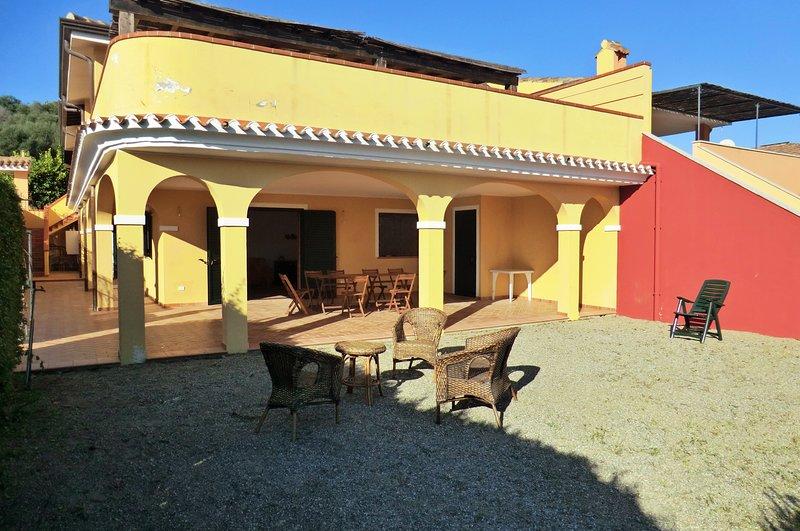Trilocale al mare Via Asfodelo, holiday rental in Bari Sardo