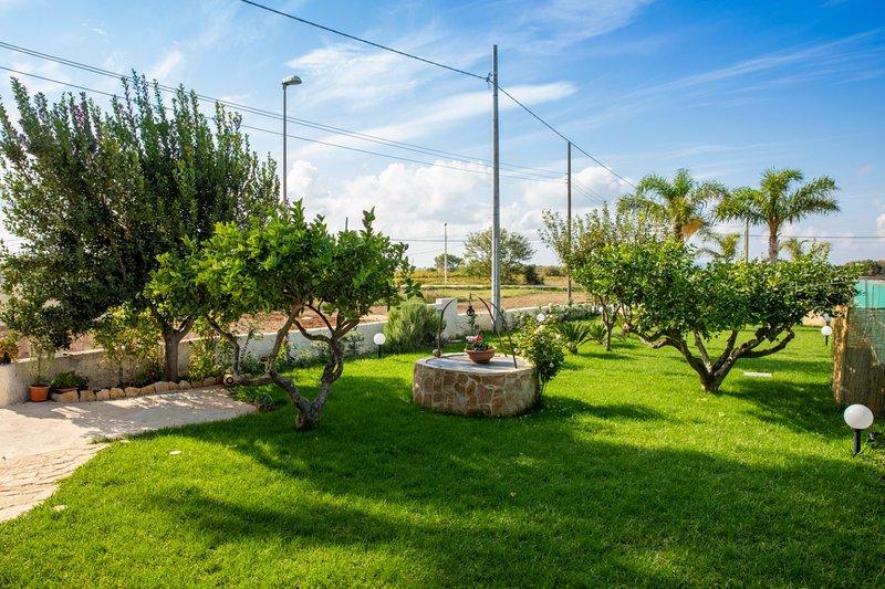 Casa Vacanze Brezza di Stagnone appartamento Blu, holiday rental in Locogrande