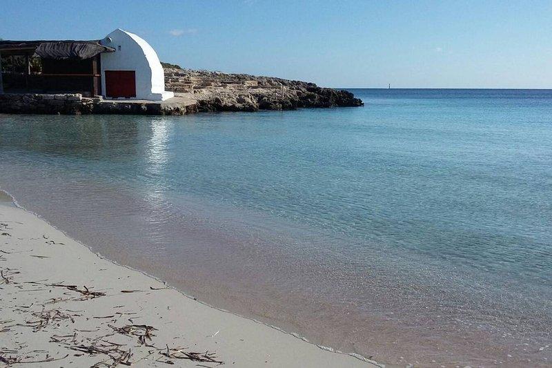 Casa en Binibeca a 5 minutos de la playa, vacation rental in Binisafua