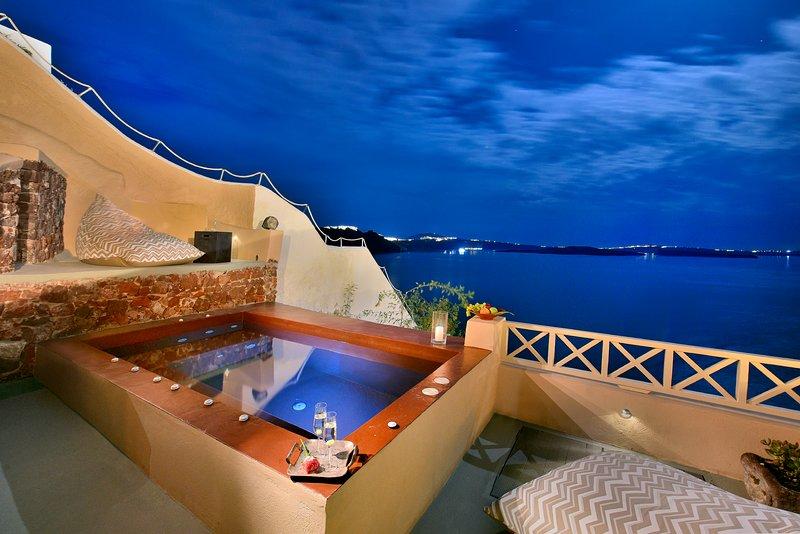 AVAX VILLA by K&K, holiday rental in Tholos