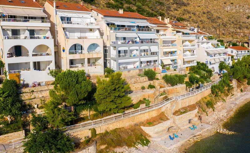 Kiveri Apartments - Sea view, Big balcony,1 Bedroom, 1 Bathroom, 40sqm, location de vacances à Kiveri