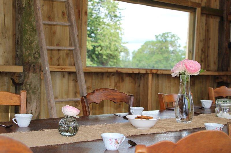 Gîte de Charme en pleine campagne Normande proche de nombreux sites touristiques, vacation rental in Brecey
