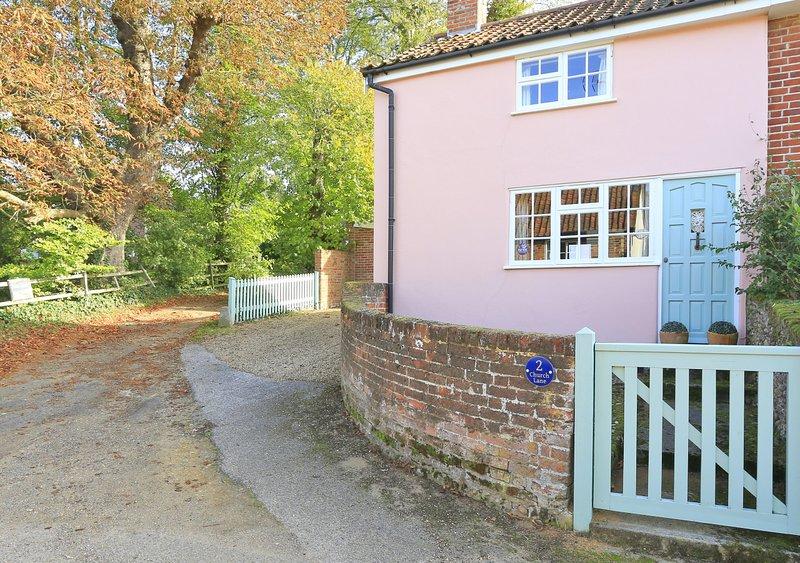 Serena Cottage, location de vacances à Hollesley