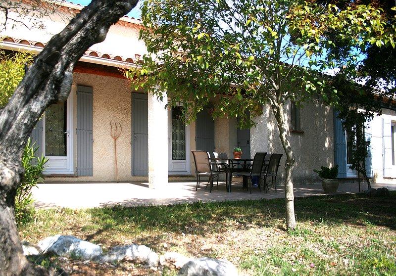 Villa de 160 m2 avec piscine à Mazan, holiday rental in Mazan