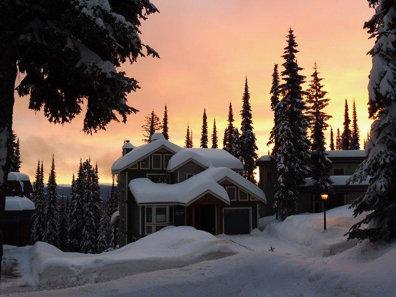 Hermosa puesta de sol de invierno