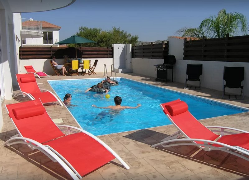 Villa Celeste - With Private Pool, Wifi And Country Views from rear balcony., holiday rental in Kornos