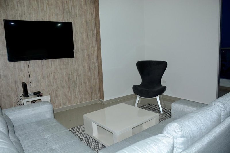 NEW APARTMENT, BEST LOCATION, CC. BUENAVISTA, vacation rental in Barranquilla